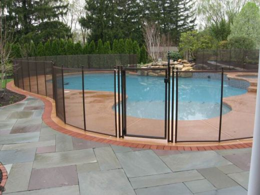 Life Saver removable mesh pool fencing