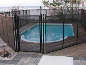 pool fence installer in Delaware