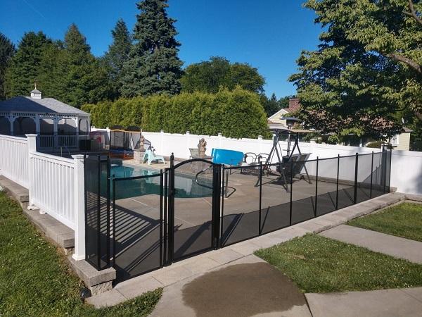 Life Saver Pool Fence installer in Camden County, NJ