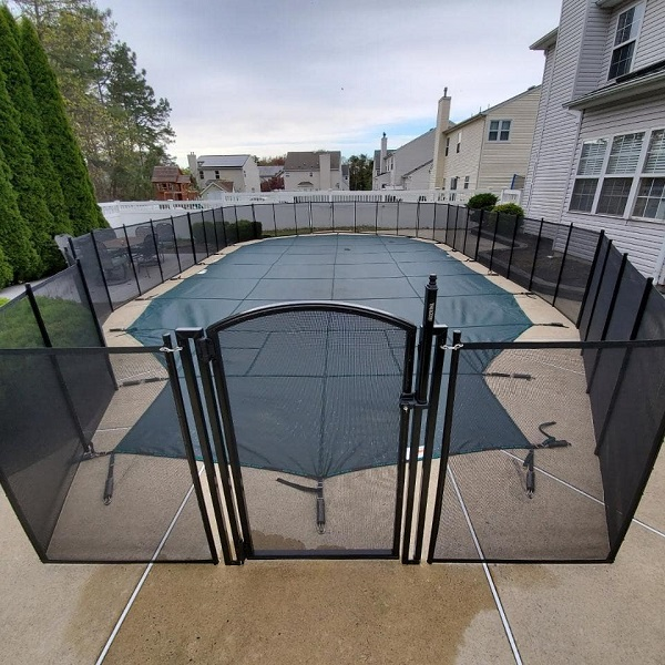 pool fence installed with self-closing pool gate in Ocean County, NJ