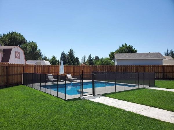 standard flat pool gate